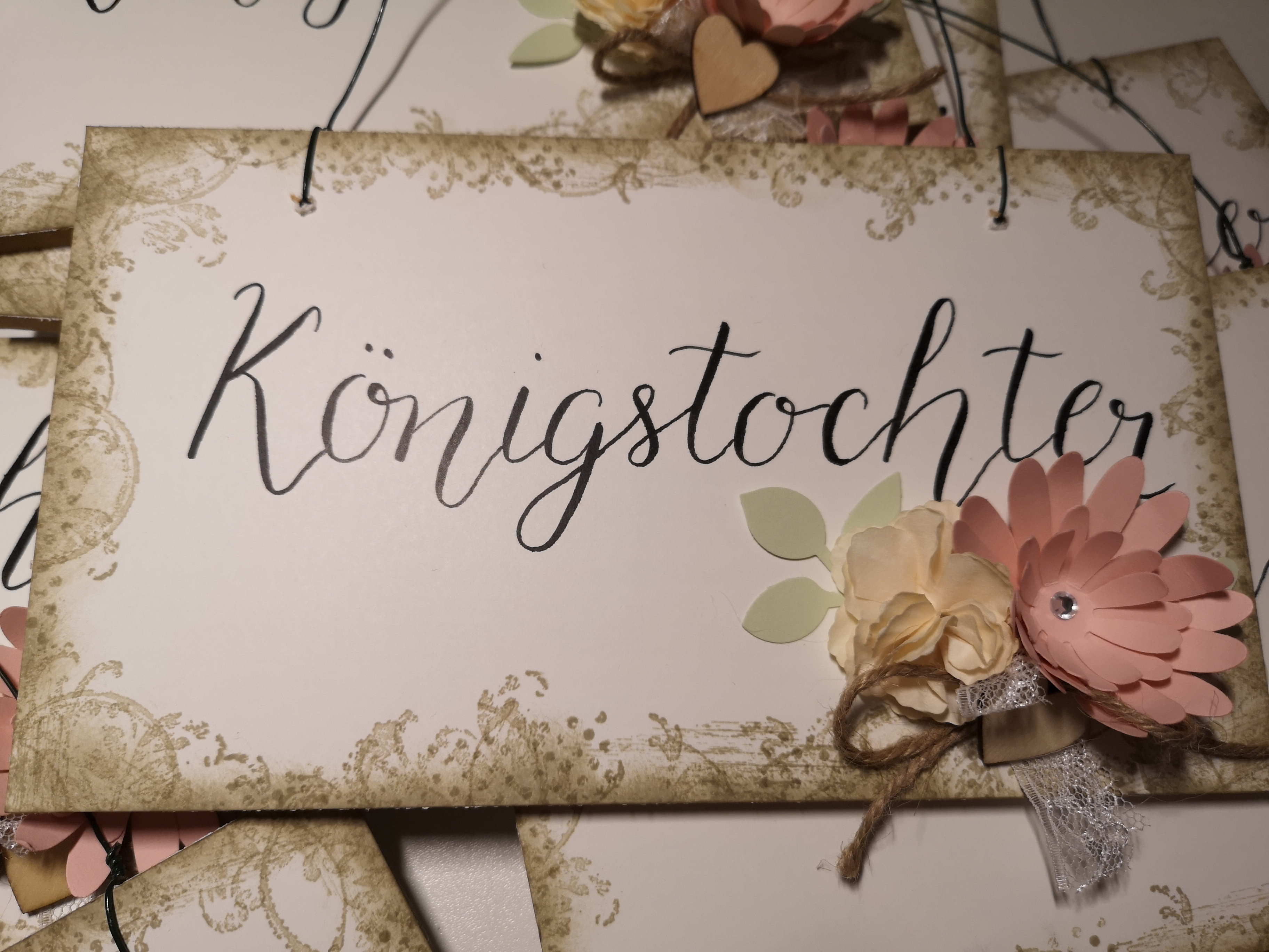 Holzschild Adventskalender Königstochter